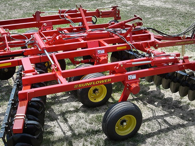 sunflower-tillage-1234-disc-harrow.jpg