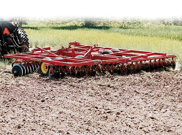 sunflower-1321-disc-harrow-22289.jpg