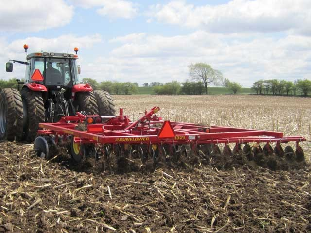 sunflower-1321-flexible-offset-disc-harrow.jpg