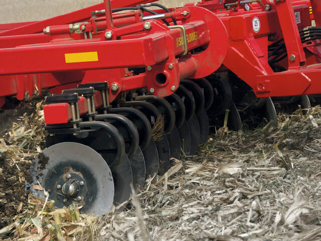 sunflower-tillage-4412-disc-ripper.jpg