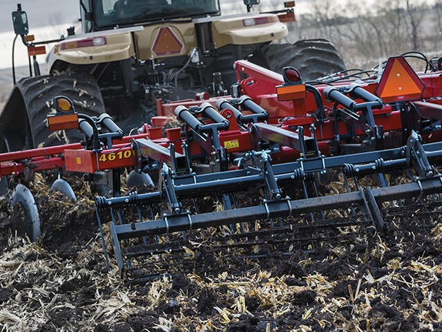 sunflower-tillage-4610-disc-ripper.jpg