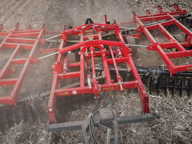 Sunflower 6631 Vertical Tillage Tool